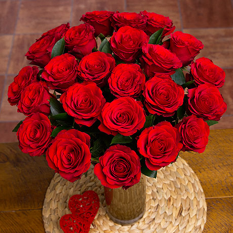 A simply gorgeous red Rose bouquet which really shows your loved one how much you care, making it the ultimate red Rose gift to send with love!<br /><br />Two dozen romantic Upper Class red Roses are complemented by Ruscus greenery and presented in a stunning luxury organza sleeve.<br /><br />Bunches red Roses are grown on a 'Fair Flowers Fair Plants' approved farm and are selected for long vase life. They are packed with care and incorporate a 'water cube' to ensure they arrive hydrated and in excellent condition.<br /><br />*This gift is pictured in full bloom. Our roses are delivered as fresh as possible so it may take 1-2 days to fully open.