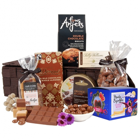 This hamper will delight any chocolate enthusiast and it contains delicious truffles, cookies and fudge.
