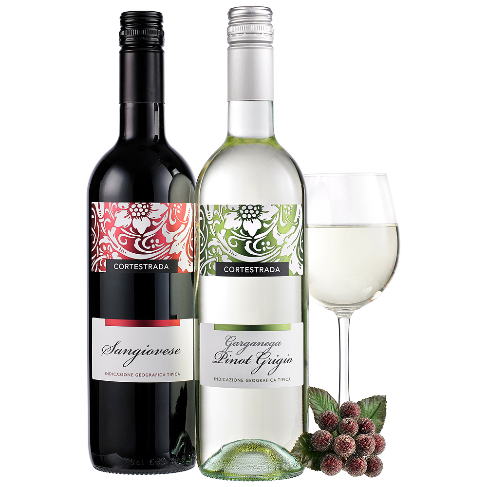Two bottles of Italian wine in both red and white make this gift perfect for a lover of fine wines.