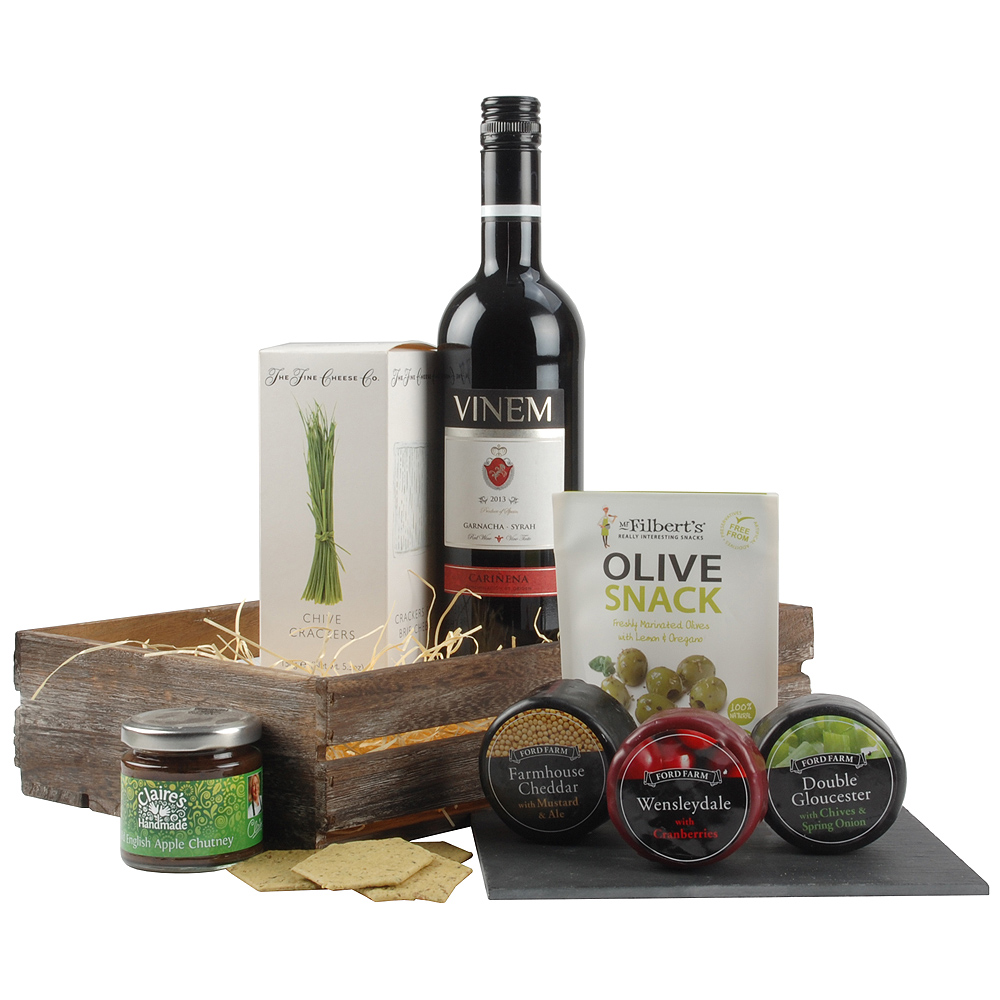 A bottle of fruity Garnacha Syrah wine is the perfect accompaniment to the assortment of flavoured cheeses.<br /><br />