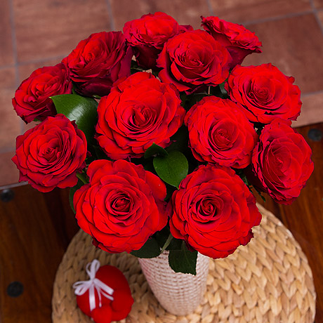 Bunches.co.uk, 488[^]SDCR 12 Red Roses SDCR