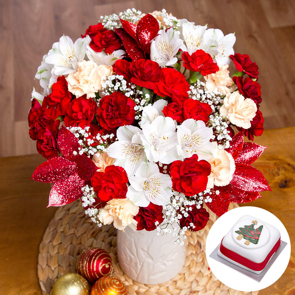 Christmas cake gift happy christmas flowers gift uk for Christmas cake gift